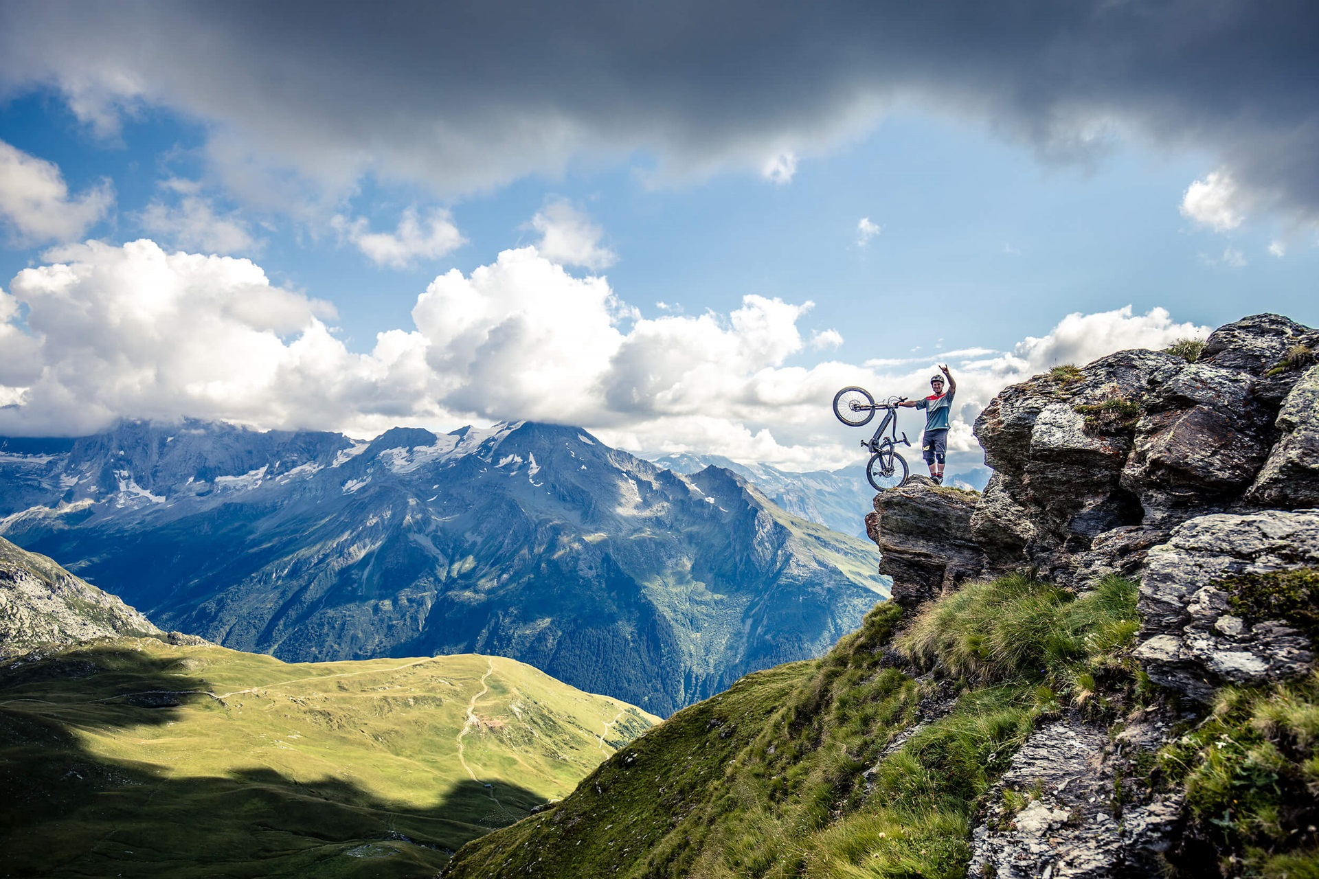 Haibike Hero Sam Pilgrim in La Plange on a mountain