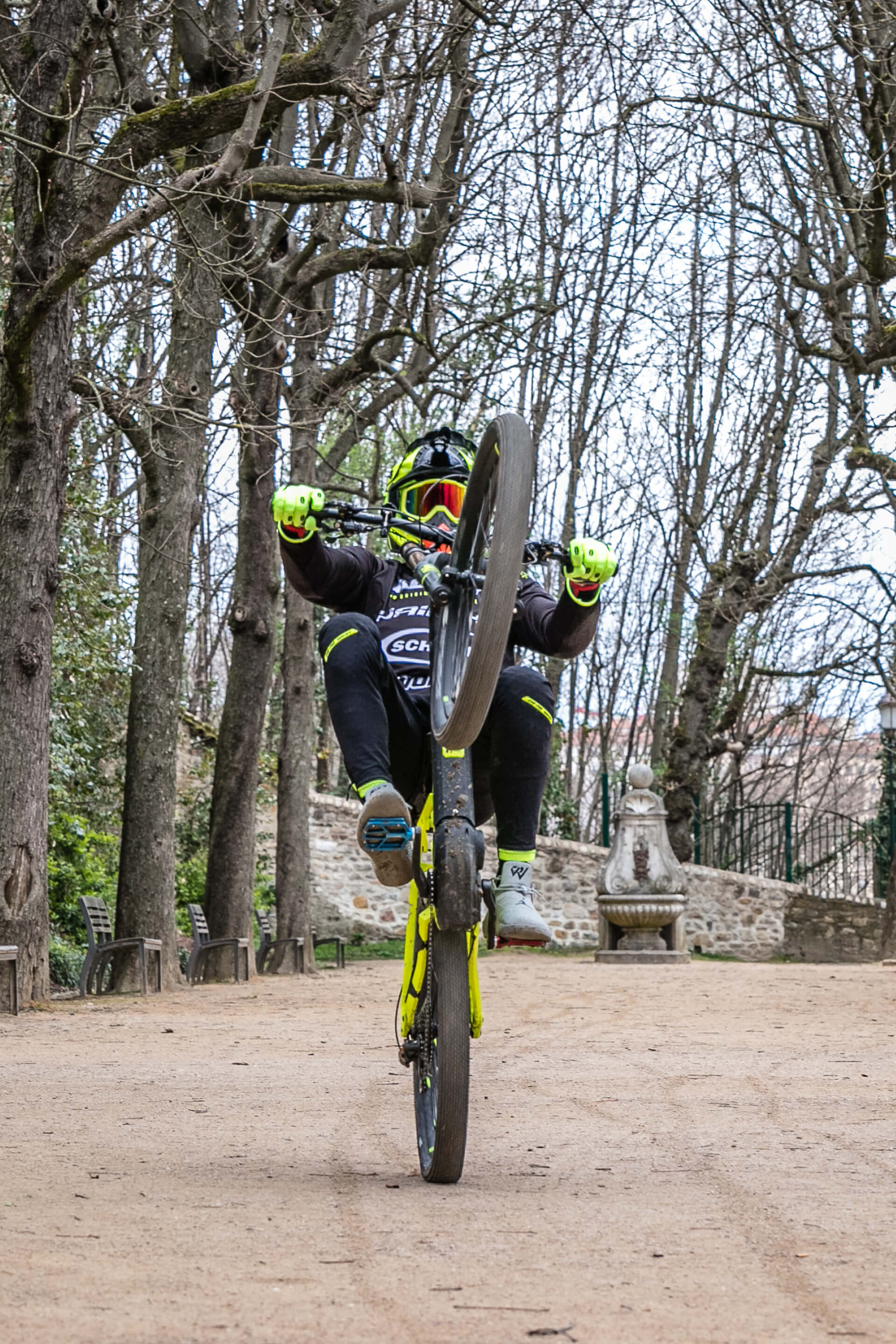 Haibike Hero Tom Barrer on his Dwnhll 9.0 eMTB doing a Wheelie